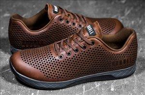 ביגוד ואביזרים נעלי ספורט 38