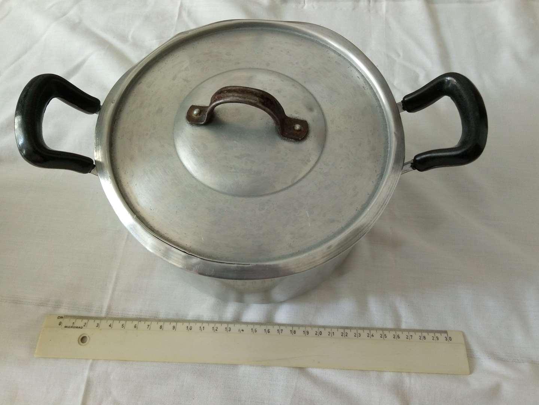 כלי מטבח סירים 2