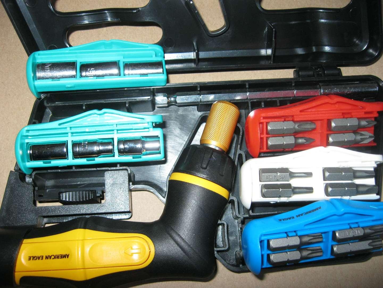 תמונה 2 ,סט מברגים ראצט 41 חלקים למכירה בחולון כלי עבודה  כלי עבודה