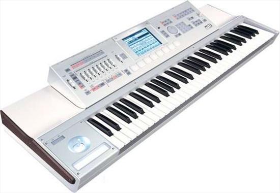 Yamaha Tyros 4 keyboard arrang