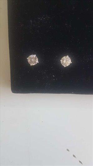 תכשיטים עגילים 1