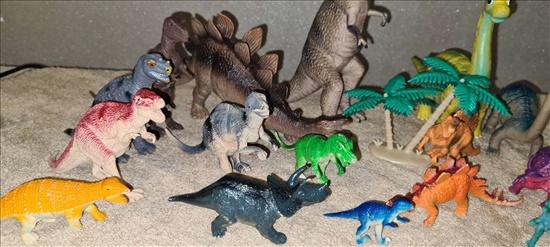 דינוזאורים יפהפיים! שמורים כחד
