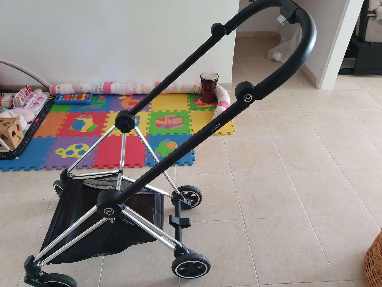 לתינוק ולילד עגלות ועגלות טיול 30
