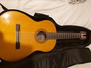 כלי נגינה גיטרה קלאסית 40