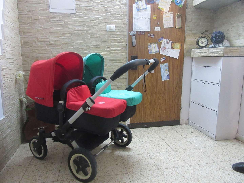 לתינוק ולילד עגלות ועגלות טיול 24