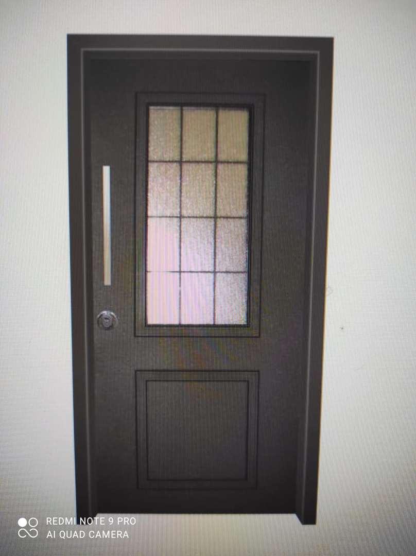 ריהוט דלתות 4