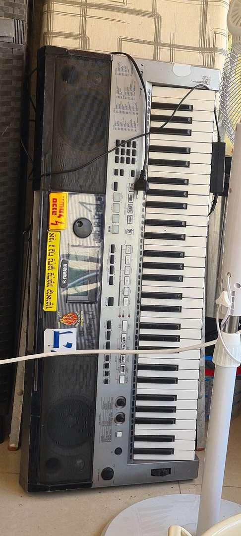 Yamaha psr e-443 אורגן