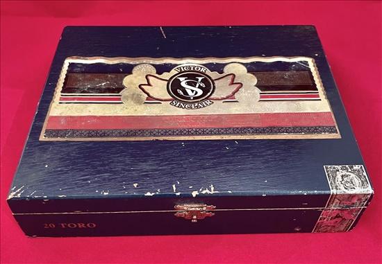 תיבת עץ ריקה לאחסון 20 סיגרים