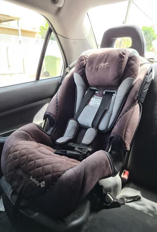 כיסא ילד נוח לרכב עם כרית